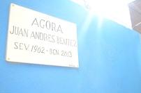 El solar ara denominat Àgora Juan Andrés Benítez va ser ocupat i netejat per veïns del Raval, el passat mes d'octubre, en la data en què es complia el primer any de la mort de Benítez durant una reducció dels Mossos d'Esquadra.