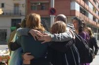 L'alegria l'abraçada dels organitzadors tot just després de la Performance reivindicativa.