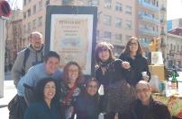 Foto de grup de membres de la Taula Eix Pere IV i de l'AVV Poblenou, entitats organitzadores de l'acte.