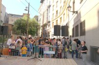 Els assistents a la festa d'inauguració del projecte Inside Out