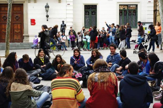 Acte reivindicatiu per reclamar un espai pel jovent del districte el passat mes de març / Anna CIVIT